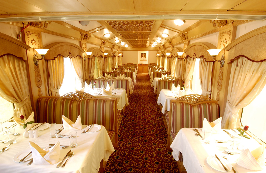 palace-on-wheels-train-tours