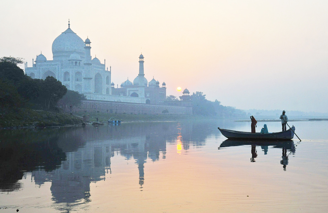 rajasthan-with-taj-mahal-and-ganga-tour
